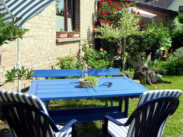 Sitz-/ Grillplatz im Garten