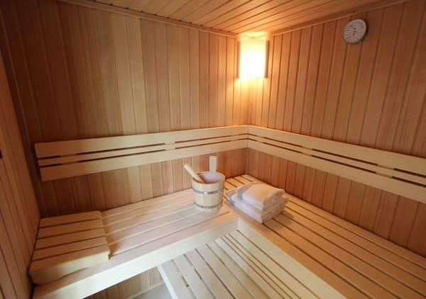 Was gibt es schöneres, als sich nach einem langen Strandspaziergang durch Wind und Wetter in der Sauna wieder aufzuwärmen...