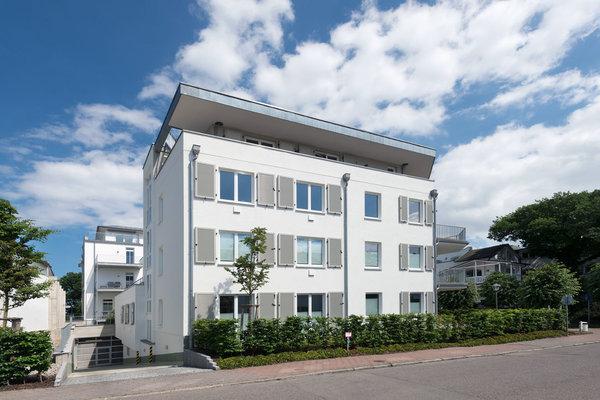 Strandhaus Seeblick und Tiefgarageneinfahrt