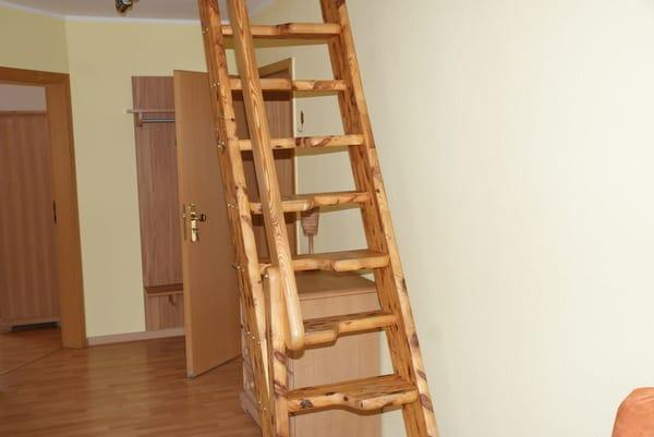 Treppe zum 2. Schlafzimmer
