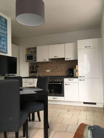 Blick auf die Küchenzeile
