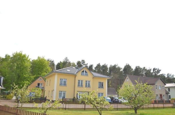 Unsere Ferienwohnungen im Igelbau 14 und 12/ sowie unser Ferienhaus