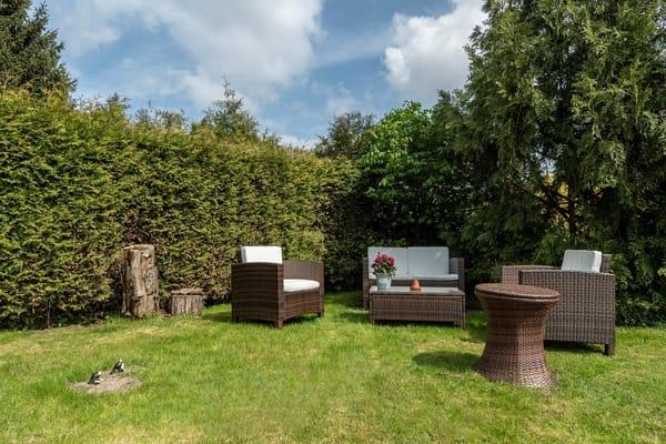 Sitzplatz im Gartenbereich