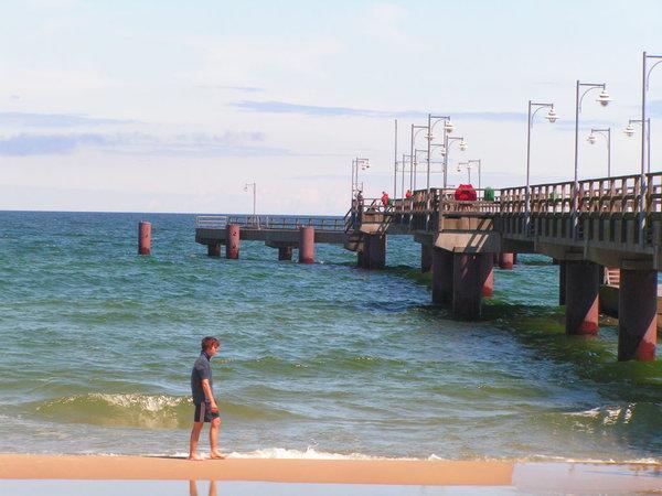 Nordstrand mit Seebrücke