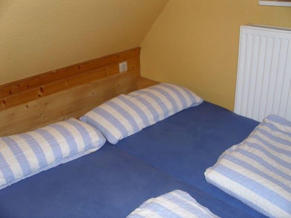 1 Doppelbett im Spitzboden