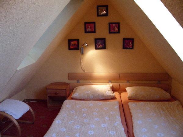 2.Doppelbett im Spitzboden