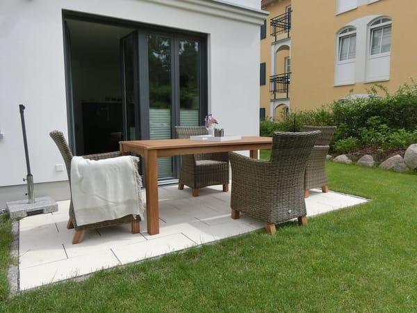 Lauschiger Sitzplatz auf der Terrasse