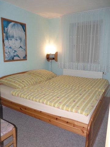 Doppelbett, 1,80m x 2,00m
