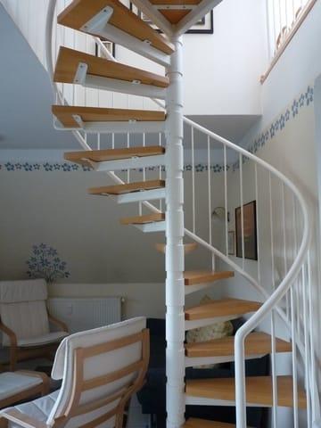 Treppe nach oben (Maisonette)