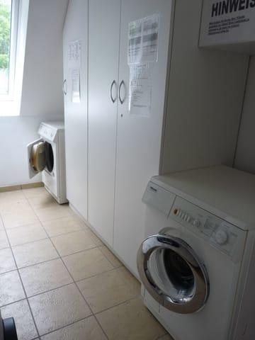 Wasch- und Trockenraum im Haus