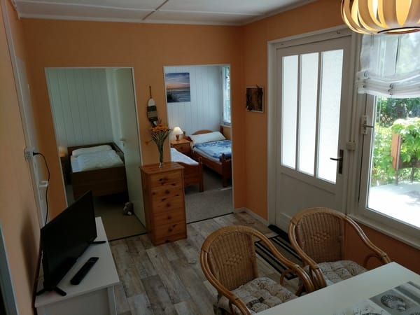 Wohnbereich mit Blick auf die Schlafzimmer