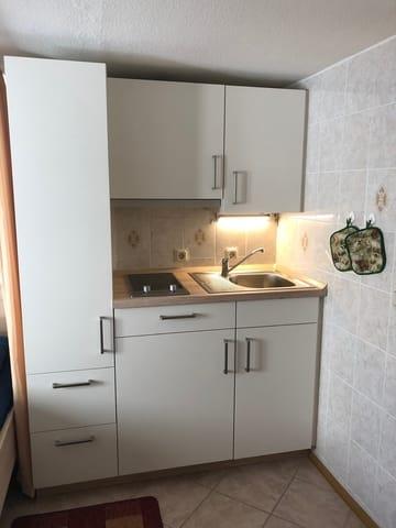 Kochnische-Kühlschrank+Gefrierfach