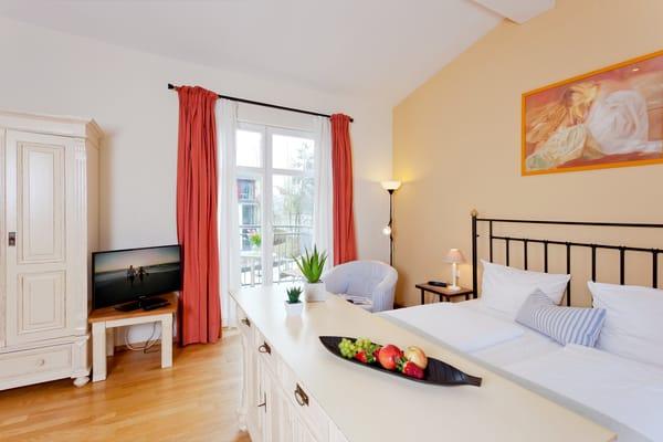 Das helle Ein-Zimmer-Appartement hat eine Wohnfläche von 30 Quadratmetern ...