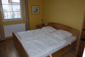 Elternschlafzimmer Doppelbett