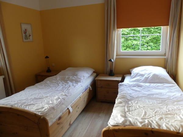 2. Schlafzimmer Einzelbetten