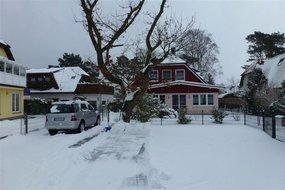 Haus im Winter 3/2013