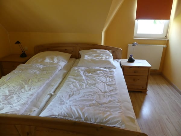 Elternschlafzimmer - Doppelbett