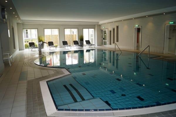 Das Schwimmbad ist täglich geöffnet von 08.00 bis 21.30 Uhr