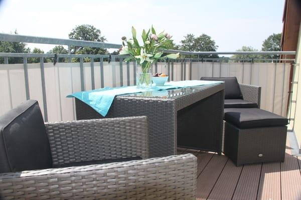 Balkon mit Loungemöbeln
