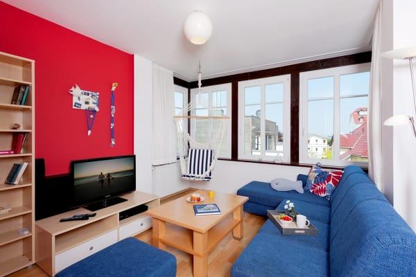 Das 2-Raum Appartement befindet sich im 1. Obergeschoss der Ahlbecker Höhe in der Bergstraße 5 im Seebad Ahlbeck und ist mit seinen 45 Quadratmetern das ideale Urlaubsdomizil für 4 Personen.