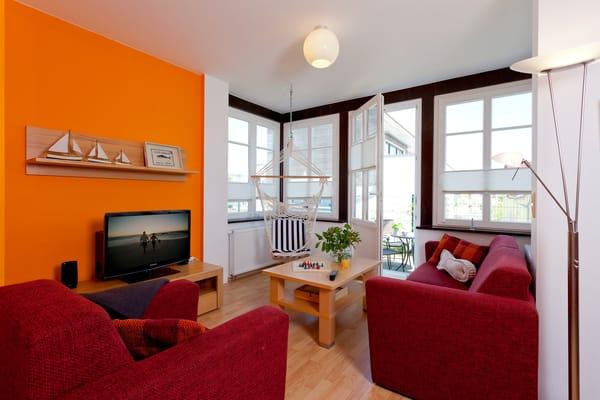 Das 2-Raum Appartement befindet sich im Hochparterre der Ahlbecker Höhe in der Bergstraße 5 im Seebad Ahlbeck und ist mit seinen 43 Quadratmetern das ideale Urlaubsdomizil für 4 Personen.