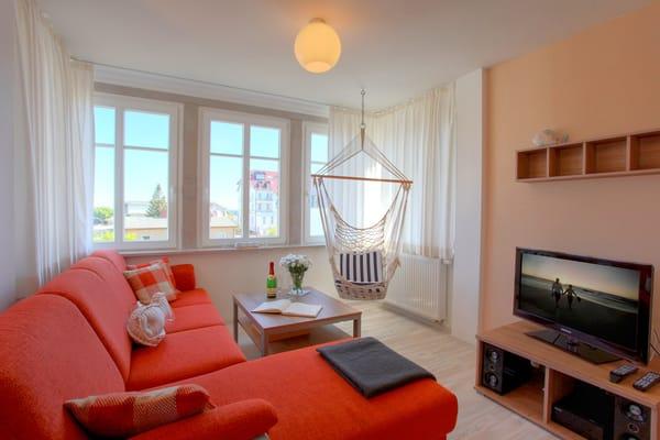 Das 2-Raum Appartement befindet sich im 1. Obergeschoss der Ahlbecker Höhe im Fischerweg 4 im Seebad Ahlbeck ...