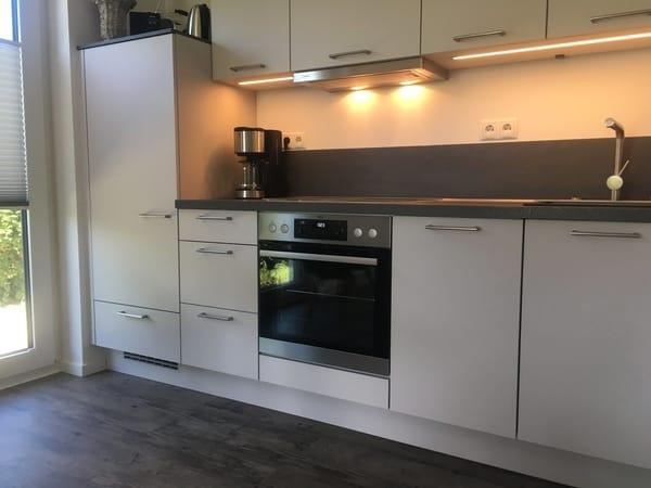 Die Einbauküche - voll ausgestattet