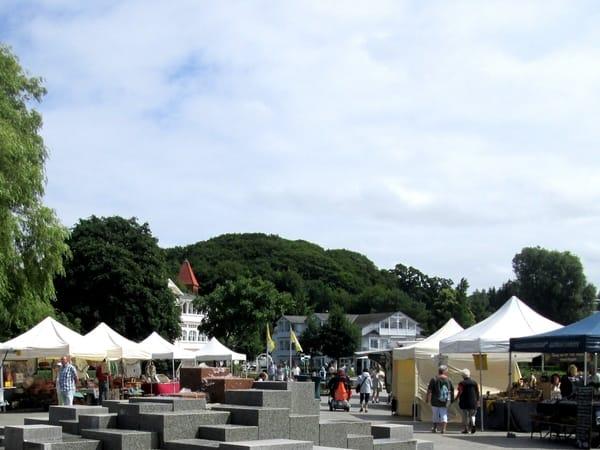Seepromenade: Freitags Wochenmarkt