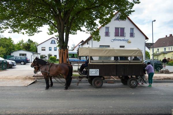 Vorderseite Ferienanlage (Kremserfahrt)