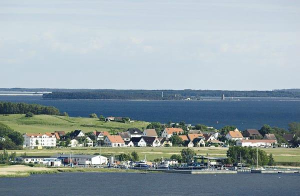 Blick auf das Ostseebad Thiessow und Mönchgut