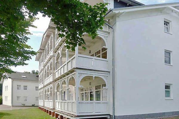 Haus II mit den Balkonen