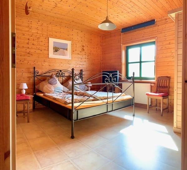 Schlafzimmer 1 - mit Sauna