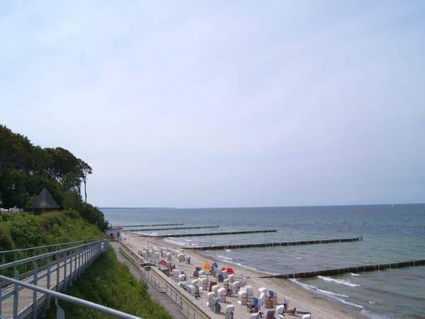 Strandzugang mit Blick in Richtung Ostseebad Kühlungsborn