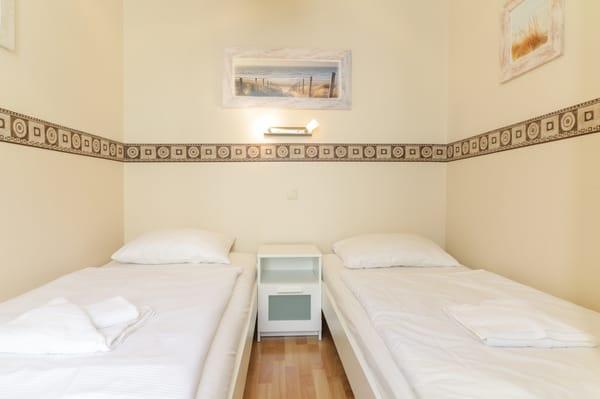 Schlafbereich mit 2 getrennten Einzelbetten