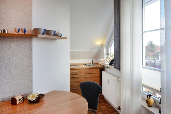 fereinwohnungen haus lisa 2 zimmer ferienwohnung lisa 3 zingst fischland darss zingst. Black Bedroom Furniture Sets. Home Design Ideas