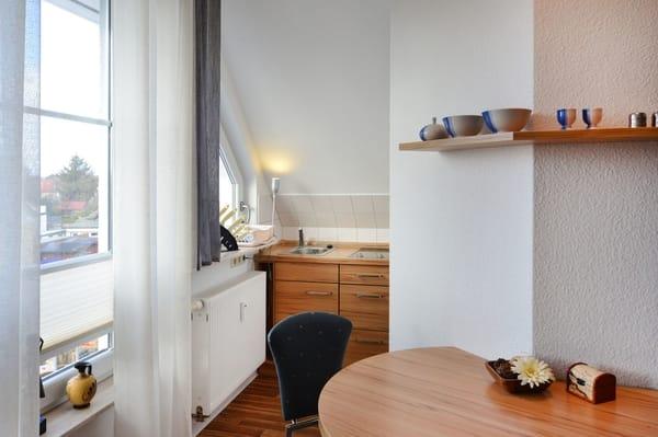 fereinwohnungen haus lisa 2 zimmer ferienwohnung lisa 4 zingst fischland darss zingst. Black Bedroom Furniture Sets. Home Design Ideas