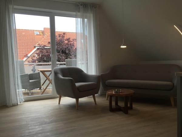 gemüzlicher Wohnbereich, Balkon