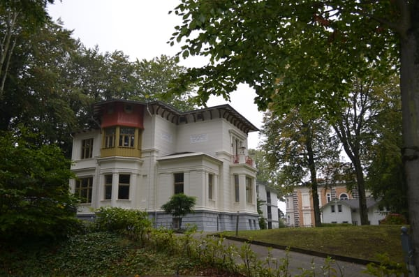 alte Villen in direkter Nachbarschaft