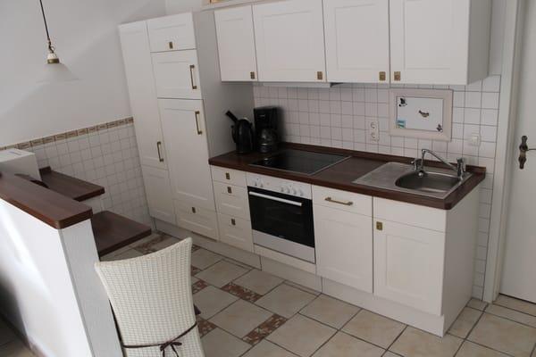 Küche rechte Seite.