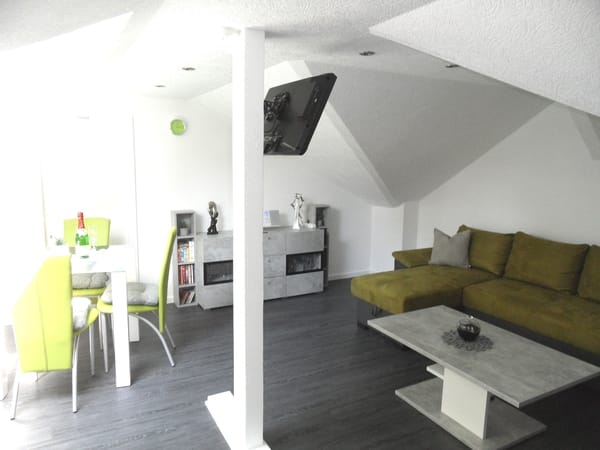 Wohnzimmer mit Smart-TV
