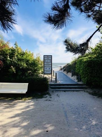 Der Strandabgang ist nur wenige Meter von der Villa Pia Marie entfernt.