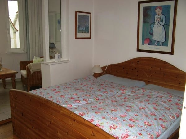 Doppelbett 180 cm breit x 200 cm lang