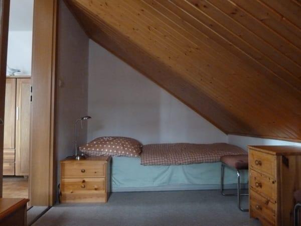 2. Schlafmöglichkeit mit Blick zum Wohnbereich