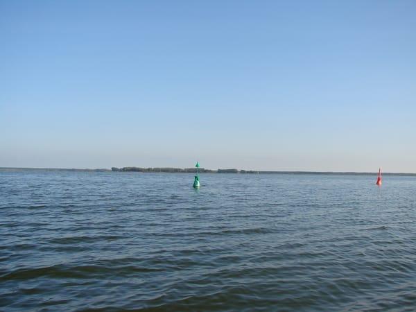 Bodden - Blick vom Wassergrundstück