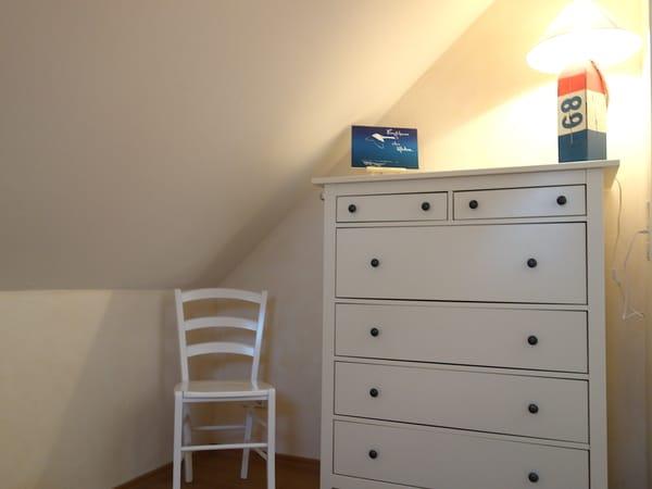 Kommode  - 2. Schlafzimmer