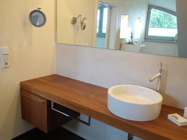 Waschtisch - Obergeschoss