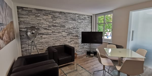 Wohnzimmer mit Bio-Kamin
