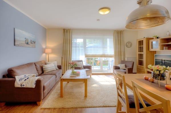 Das 61 Quadratmeter große 3-Raum-Appartement erwartet Sie als Maisonette Wohnung auf 2 Ebenen (Erdgeschoss und Obergeschoss) in der Appartementanlage Inselstrand.