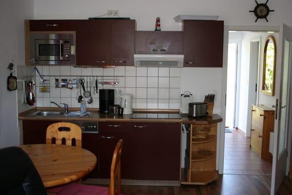 Wohn- und Esszimmer // Küchenzeile