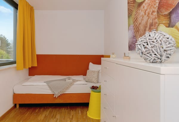 Sofern Sie das Wäschepaket hinzubuchen - sind die Betten bei Anreise für Sie liebevoll bezogen, ein Duschtuch und ein Handtuch liegen für Ihren Aufenthalt